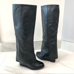 CHANEL boots 38 run VERY small